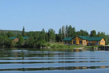 Northern Woods Lodge in Terrace Bay