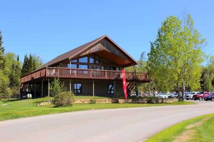 aguasabon-golf-clubhouse